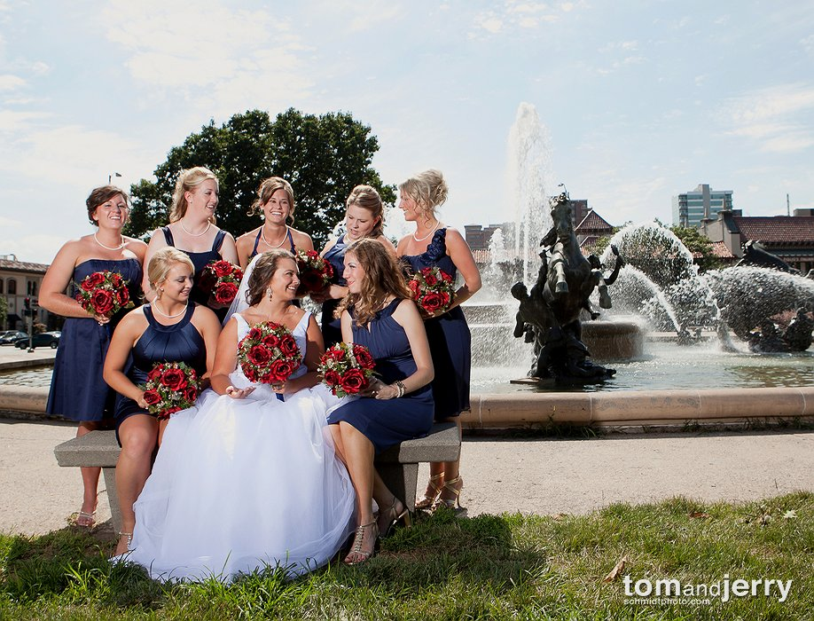 Bridal Pictures - Wedding Dress - Outdoor Wedding Pictures